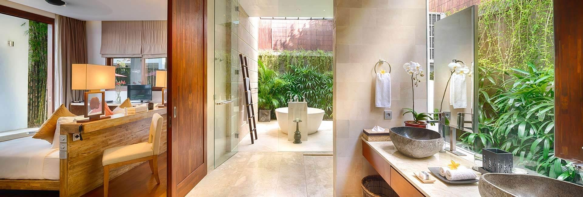 Casa Brio - Master bathroom 1